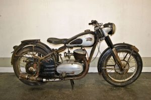 Csepel 250 barn find
